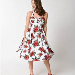 NWT Hell Bunny Cannes Rose Halter Dress Size 10